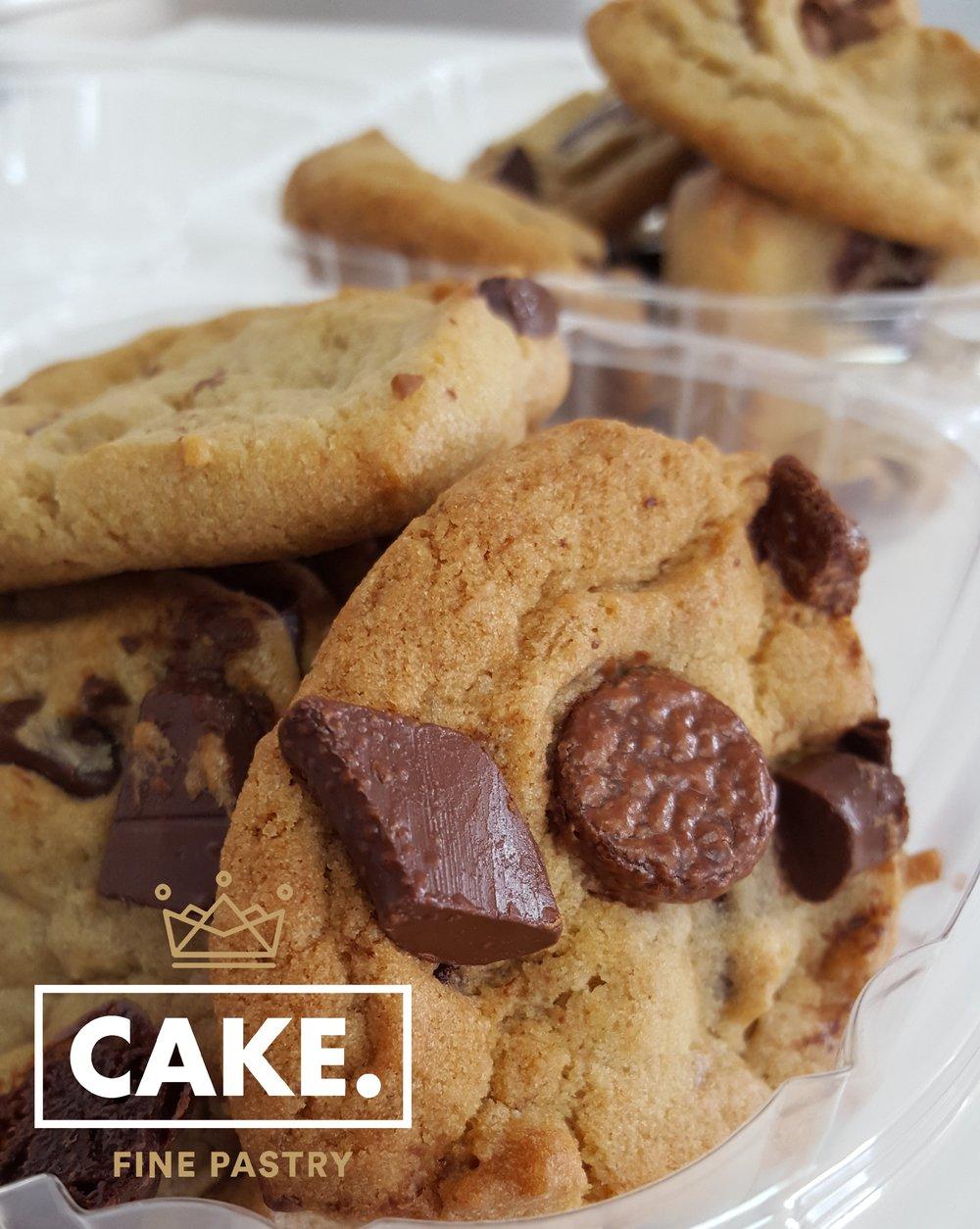 Petite OMG Triple Chocolate Cookie