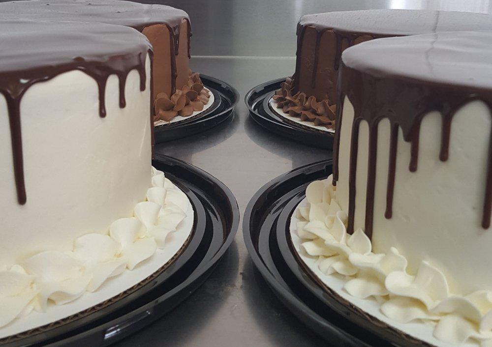 Brownie Bottom Cakes