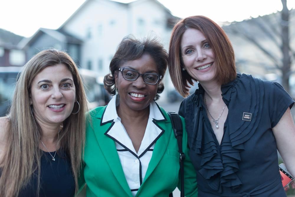 Dawn, Annette,Rhonda.jpg