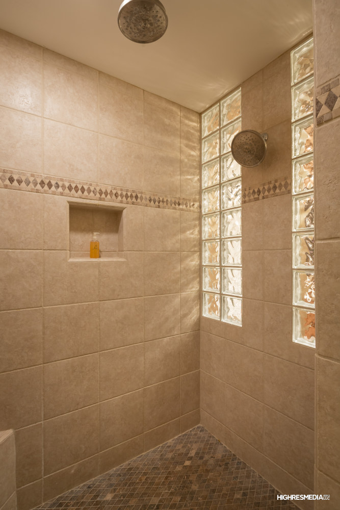 Spacious Shower.jpg