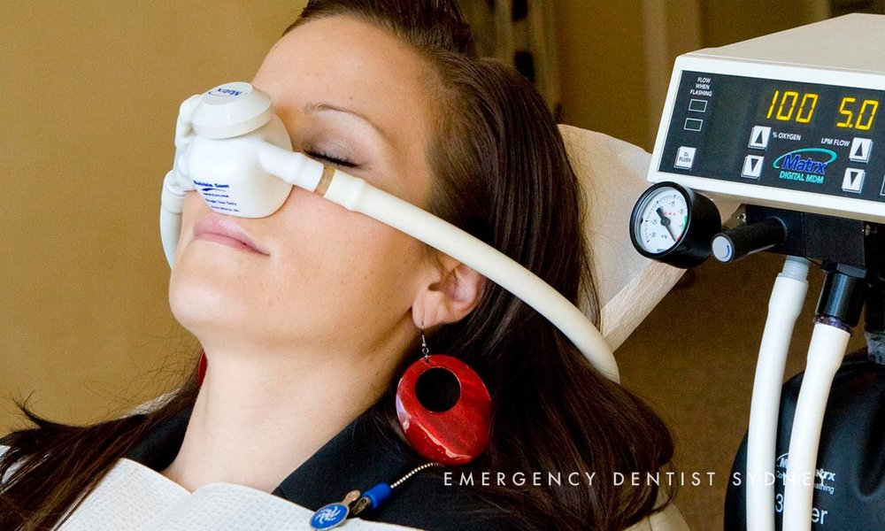 © Emergency Dentist Sydney Tooth Extraction 04.jpg