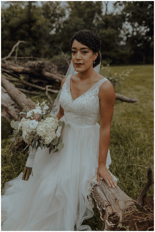 simplistic bride