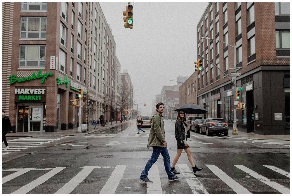 rainy brooklyn engagement session