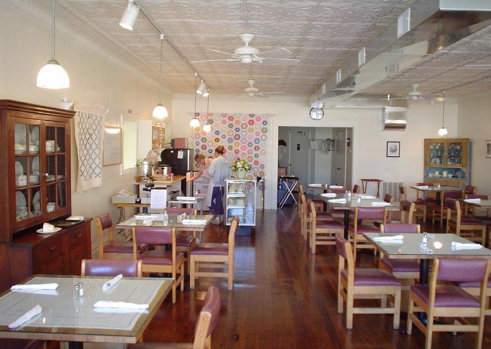 Viola Cafe.JPG