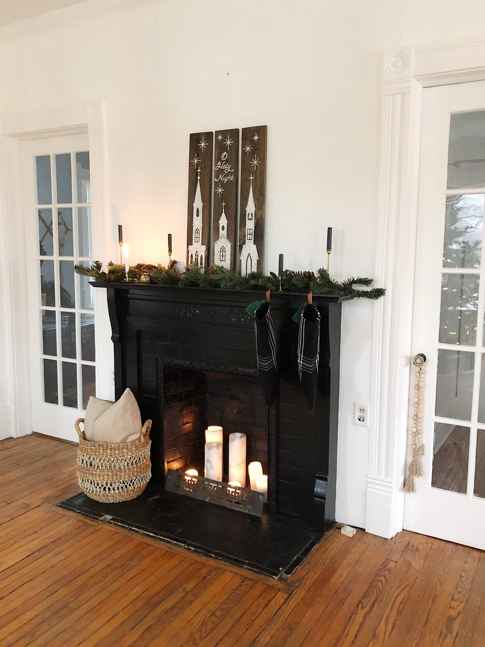Black Painted Fireplace Ideas for Non working Fireplaces Candles in Fireplace mantle decor Christmas decor