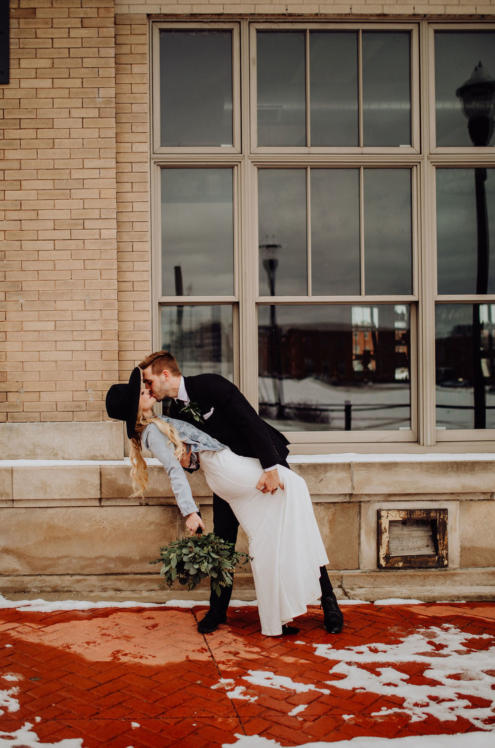 The Real Reason We Got Married 3 Months Before Our Wedding | Modern, Vintage Winter Courthouse Wedding | Miranda Schroeder Blog | www.mirandaschroedercom