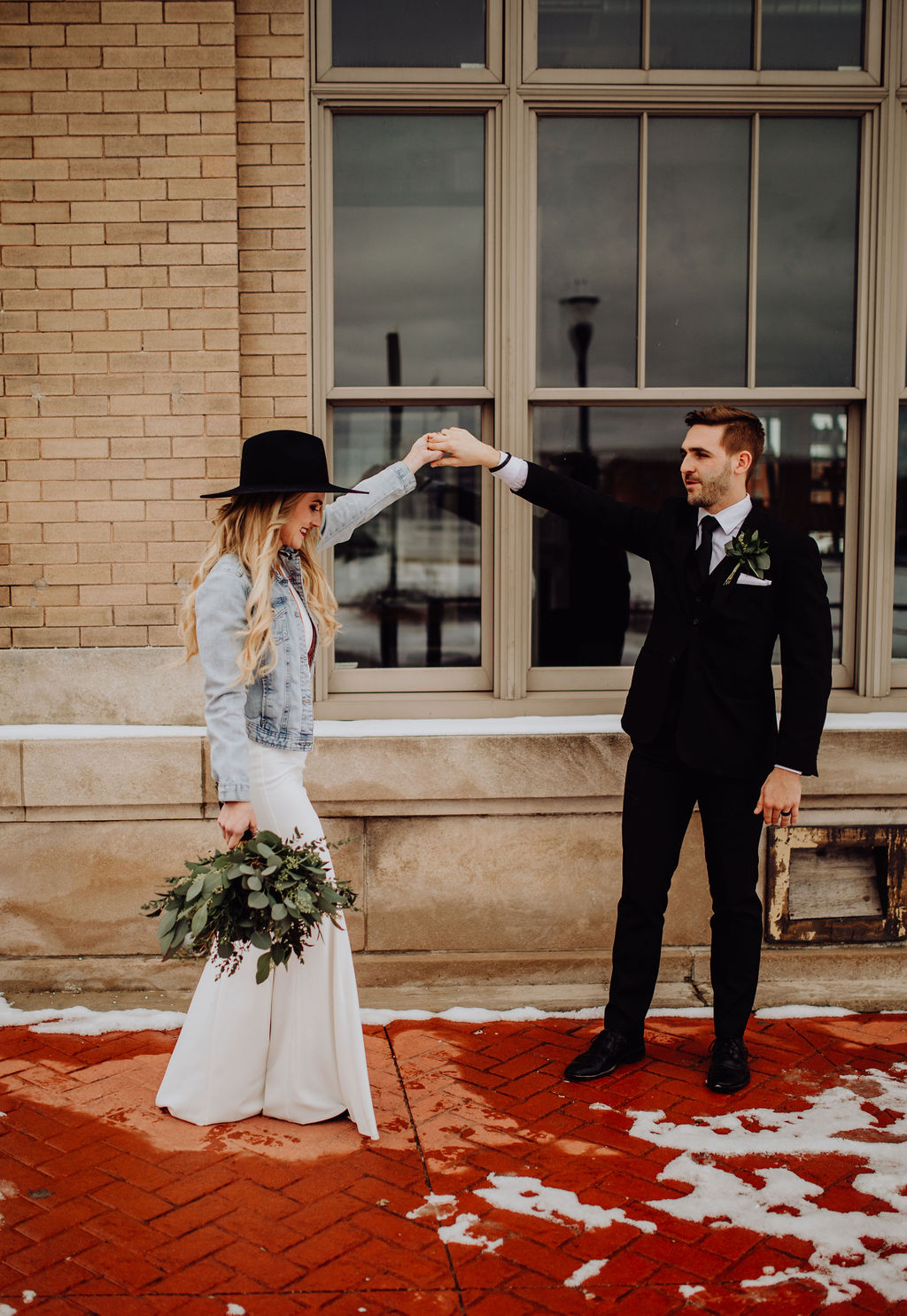 Our Intimate Courthouse Wedding | Boho, Eclectic, Vintage, Courthouse Wedding | Miranda Schroeder Blog | www.mirandaschroeder.com