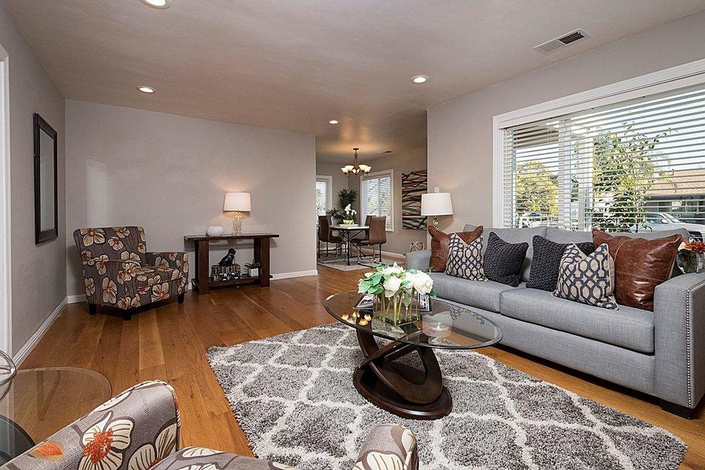 livingroomanddiningroom_1200.jpg