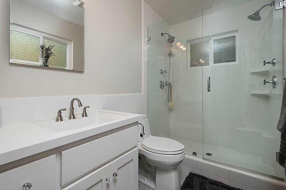 masterbathroom_1200.jpg