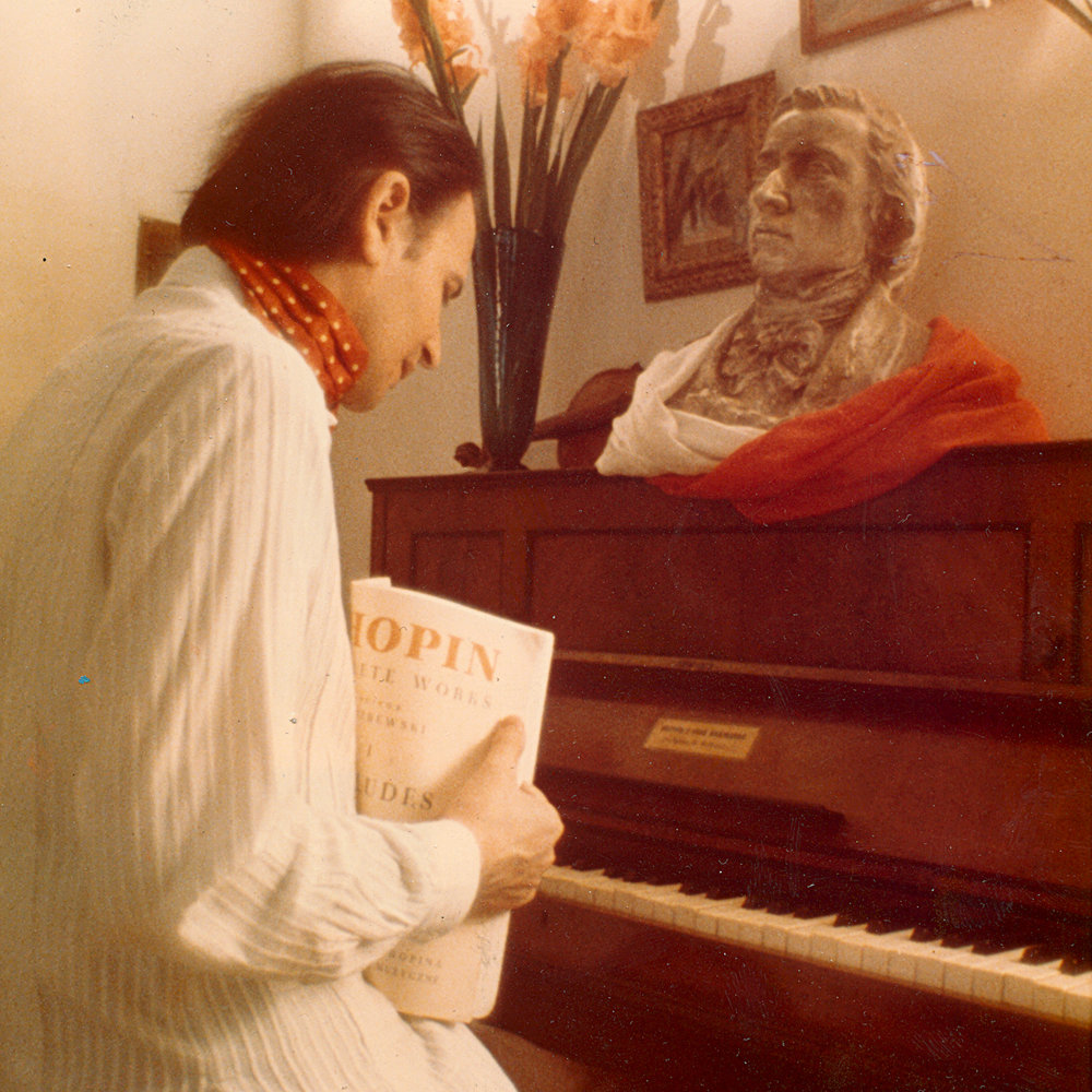 BJ at Chopin's Piano.jpg