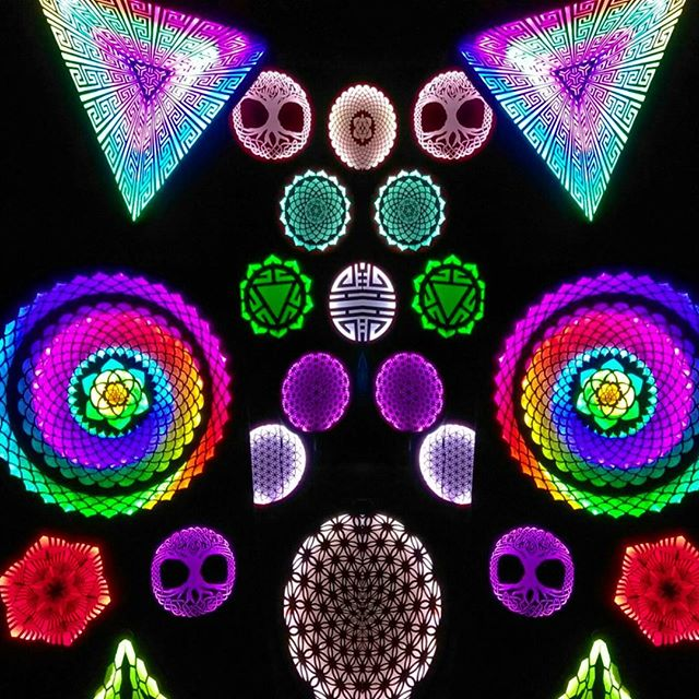 Thanks Gem & Jam Crew for the Amazing weekend! #infinitebloom #treeoflife #art #artist #artislife #artistsofinstagram #led #ledart #sacredgeometry #illumination #burningman #thatthinginthedesert #industwetrust #visionaryart  #symbiosisgathering #edm #techno #rave #life #festival #lightninginabottle #gemandjamfestival #deserthearts #lucidityfestival #sonicbloom #edc #beyondwonderland #psychedelicart