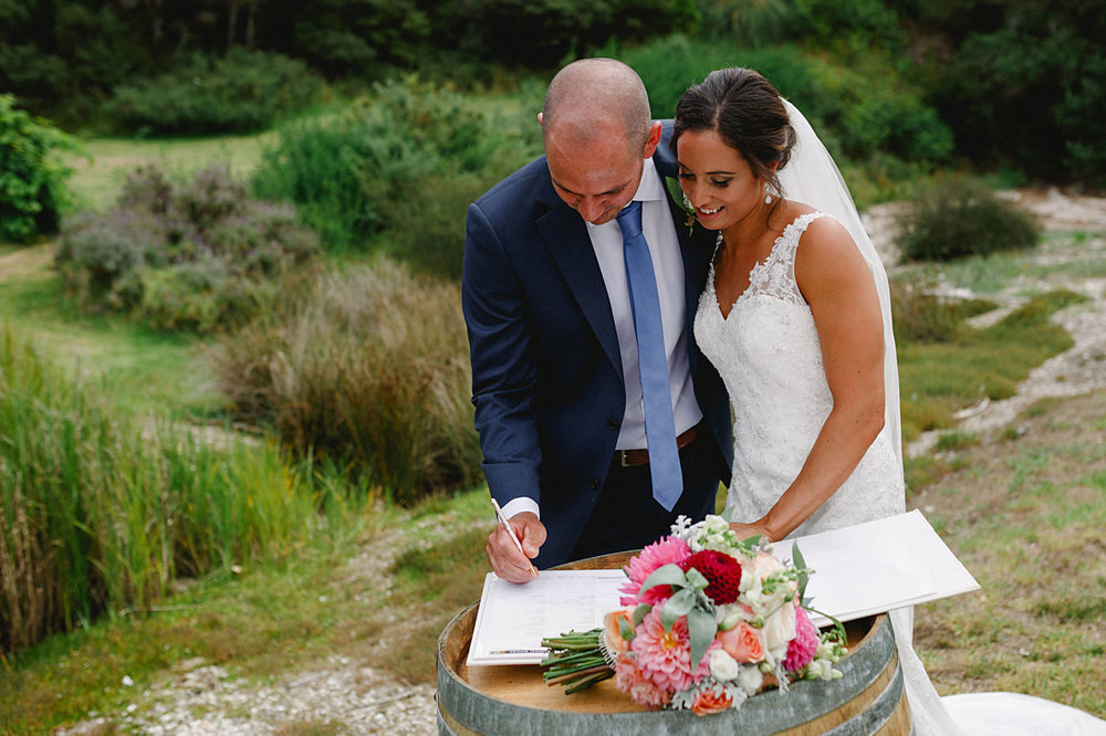oakura_bay_waiheke_island_wedding_photos1052.jpg