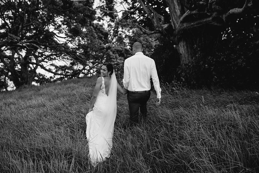 oakura_bay_waiheke_island_wedding_photos1100.jpg