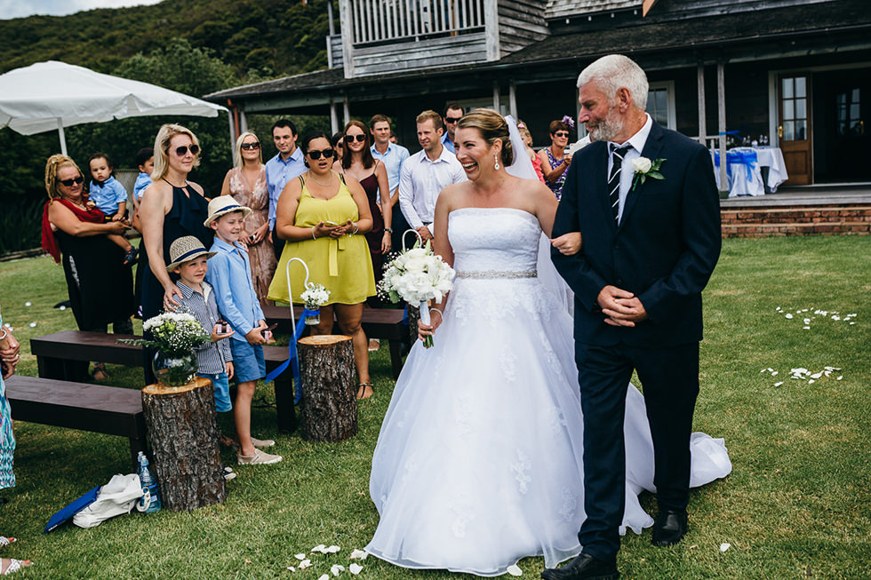 great_barrier_island_wedding_photos1100.jpg