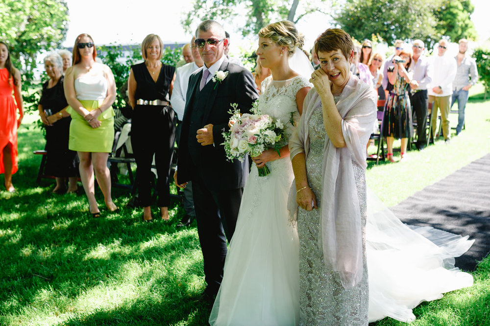 red_barn_wedding_photos-1072.jpg