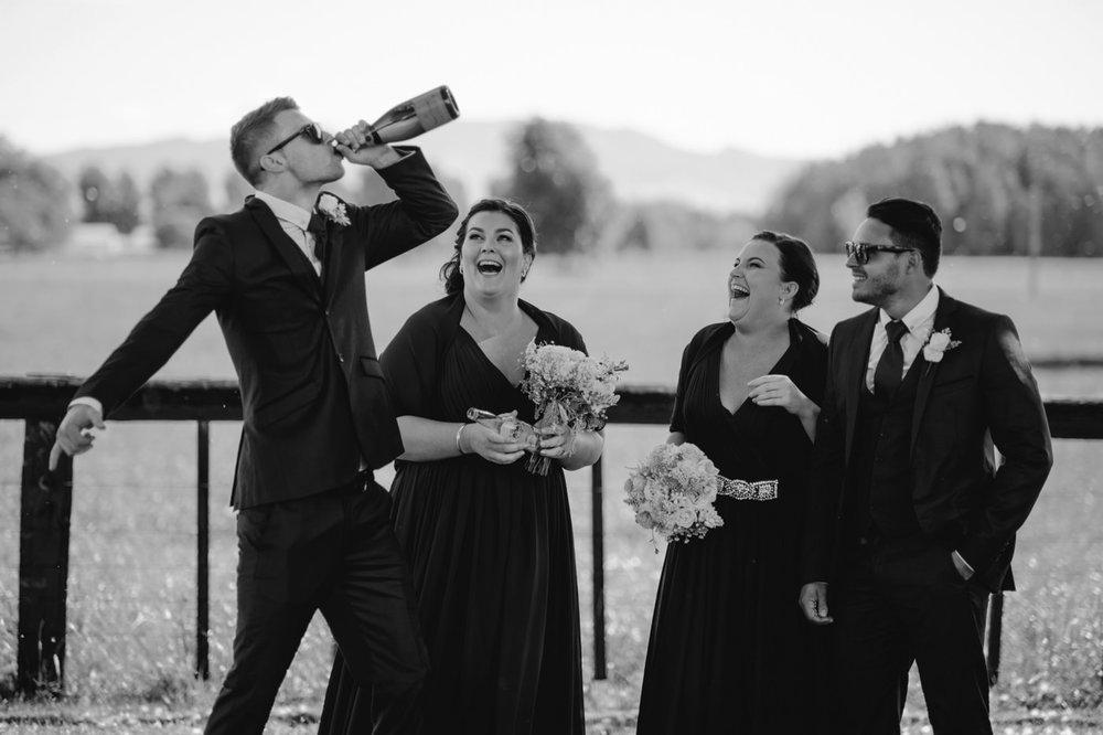 red_barn_wedding_photos-1101.jpg