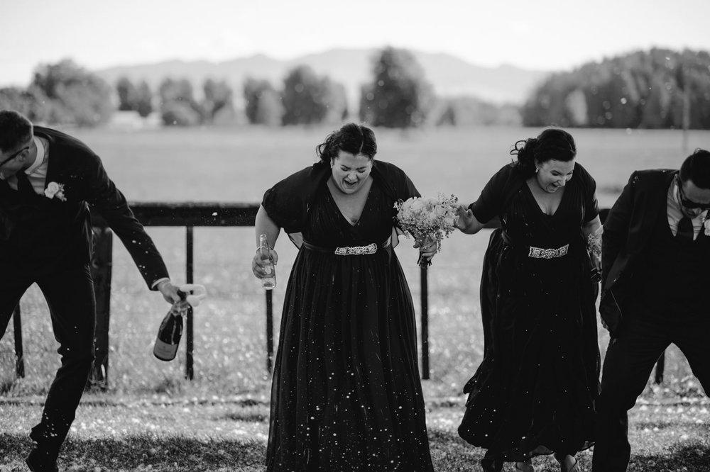 red_barn_wedding_photos-1104.jpg