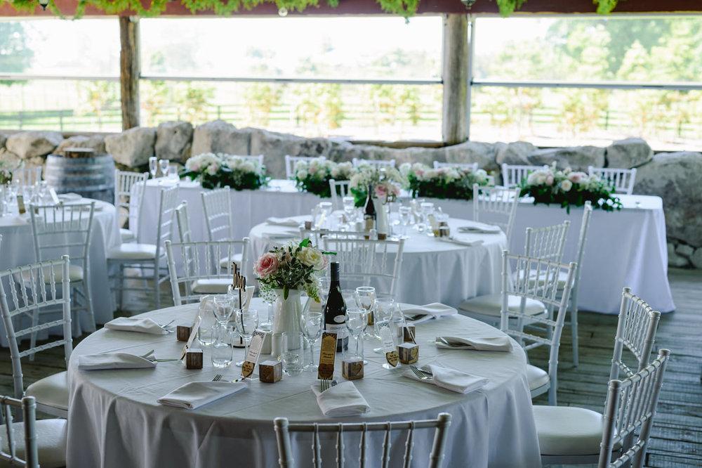 red_barn_wedding_photos-1120b.jpg