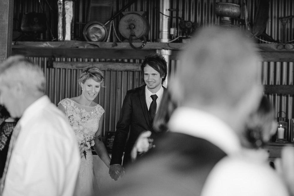 red_barn_wedding_photos-1126.jpg
