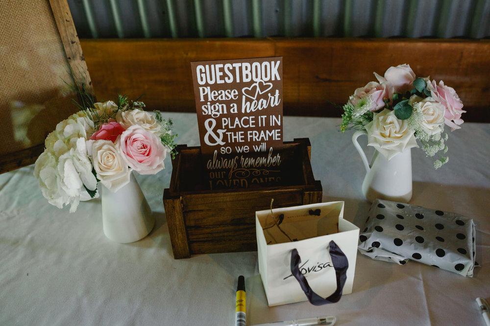 red_barn_wedding_photos-1125.jpg