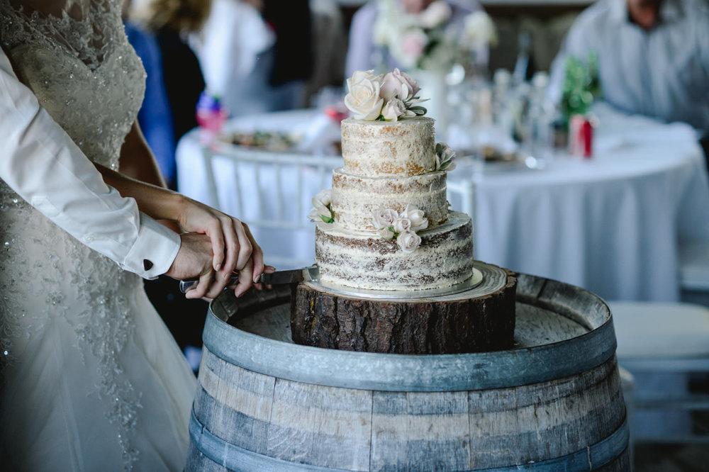 red_barn_wedding_photos-1136.jpg