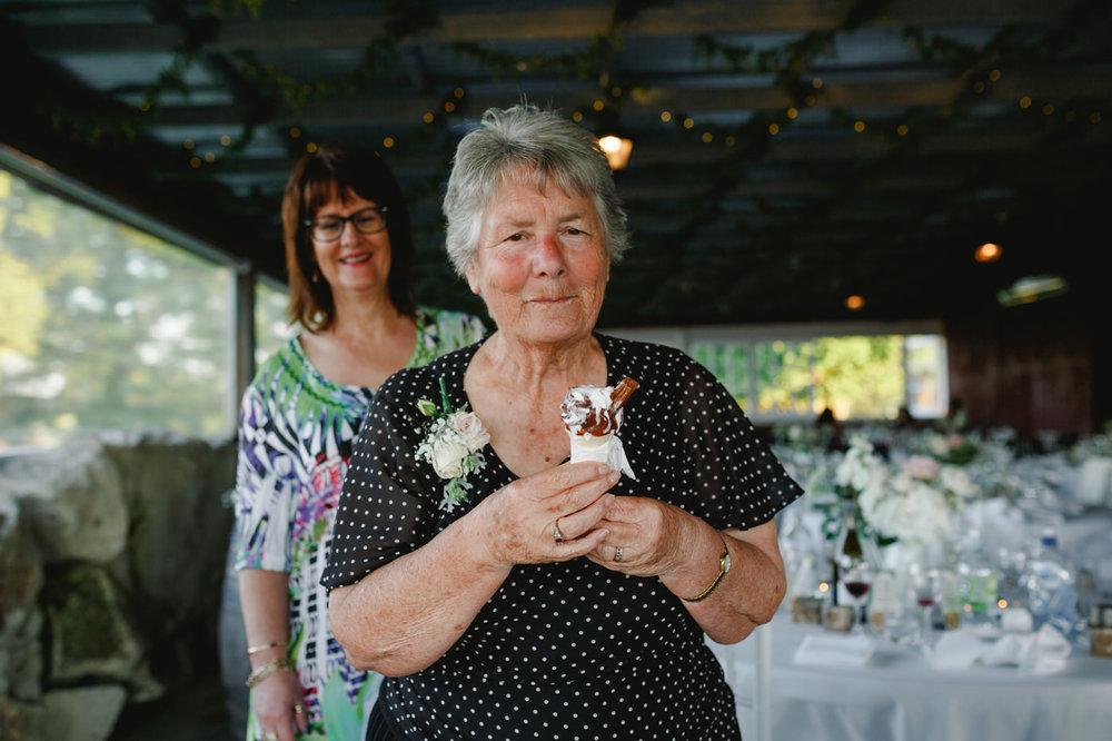 red_barn_wedding_photos-1140.jpg