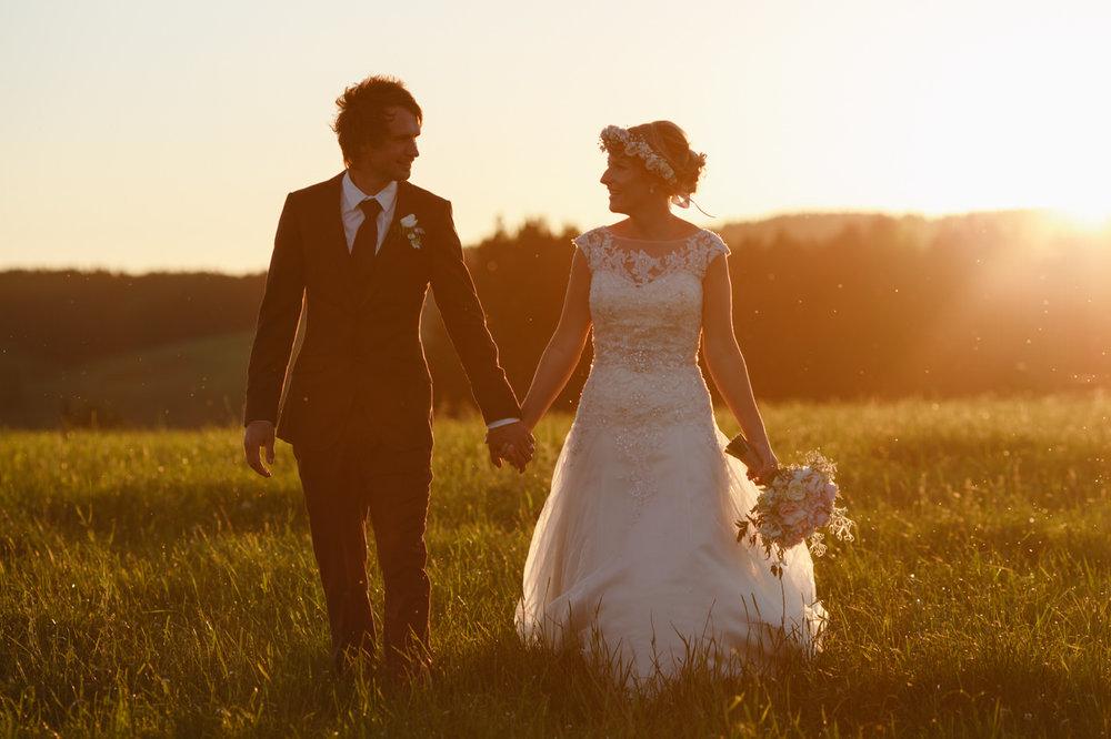 red_barn_wedding_photos-1147.jpg