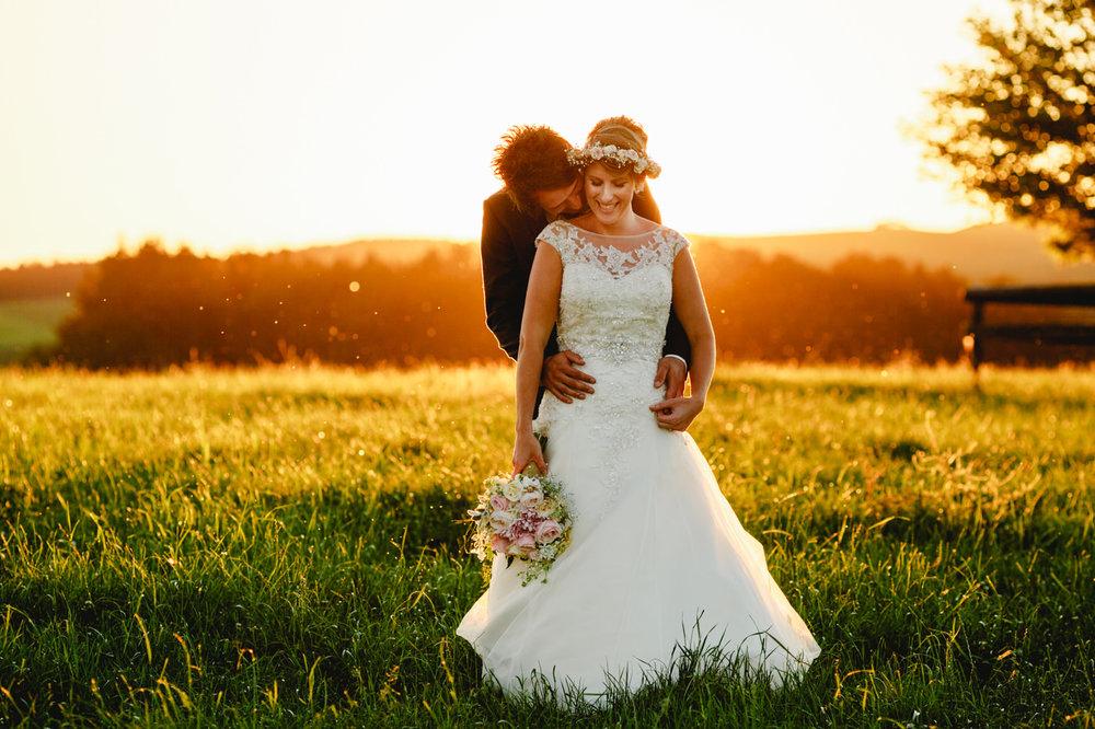 red_barn_wedding_photos_tirau