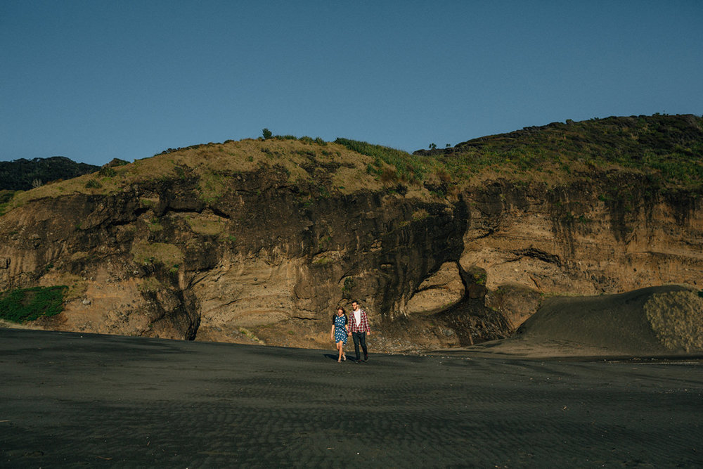 karekare_beach_auckland_photoshoot