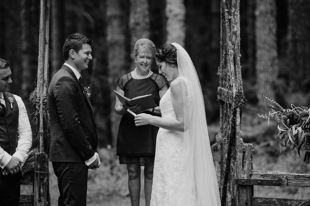 nz_wedding_photographer_gisborne-1135.jpg