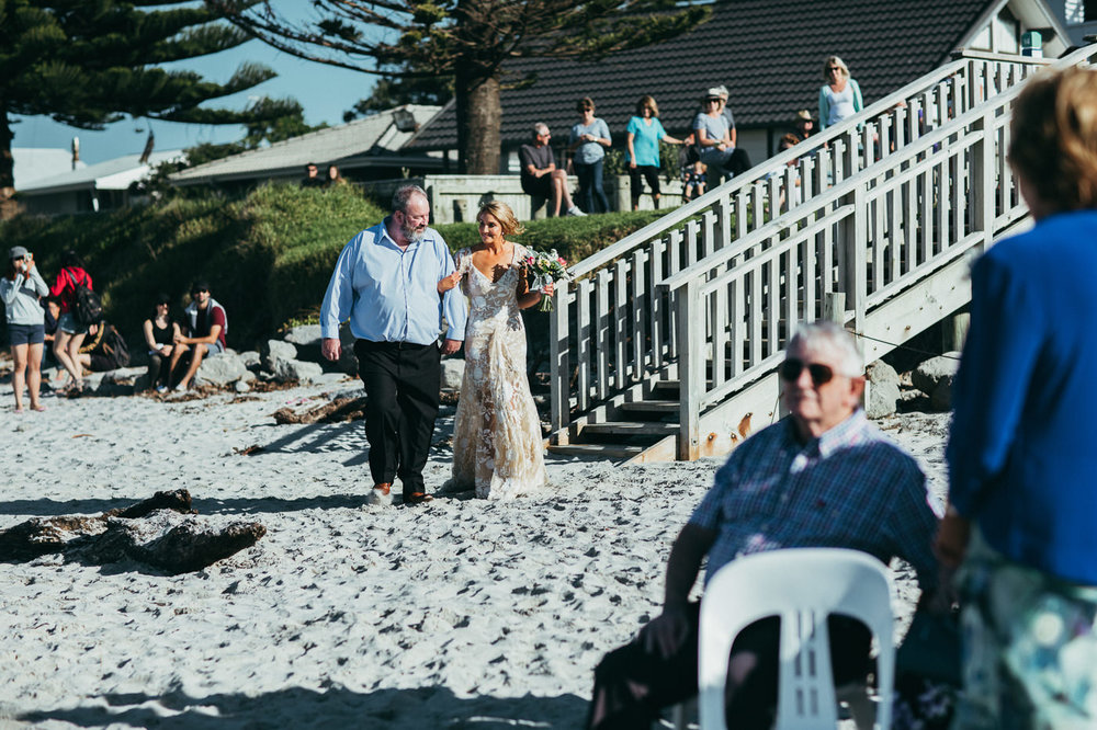 waihi_beach_flat_white_cafe-wedding_photos-1112.jpg