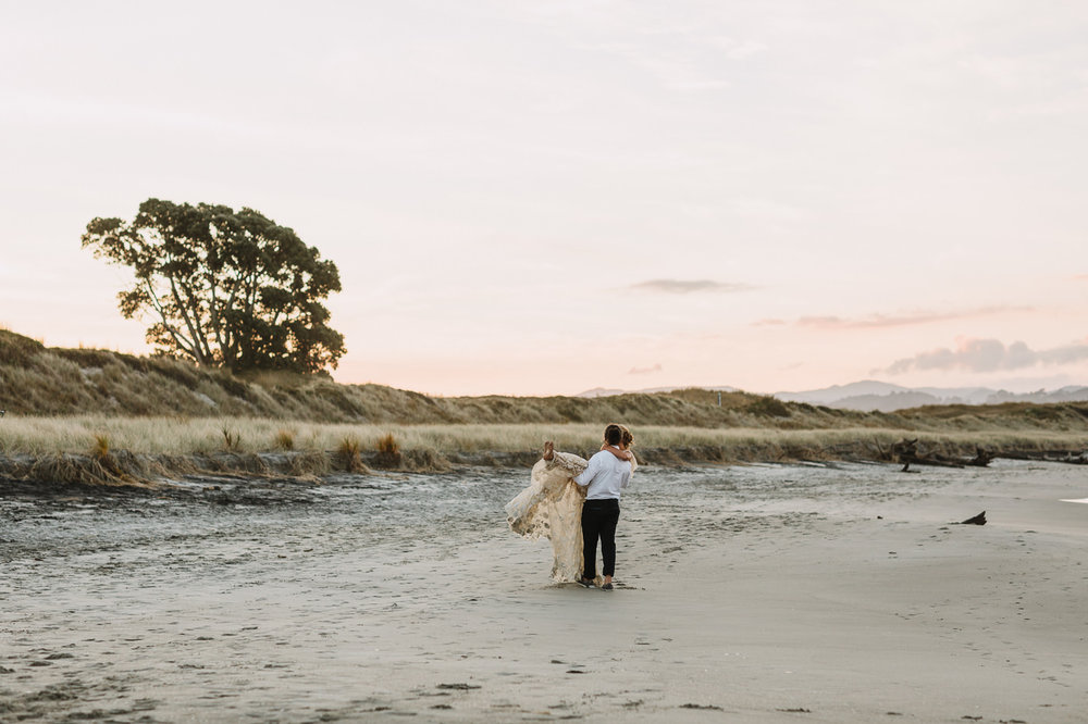 waihi_beach_flat_white_cafe-wedding_photos-1244.jpg