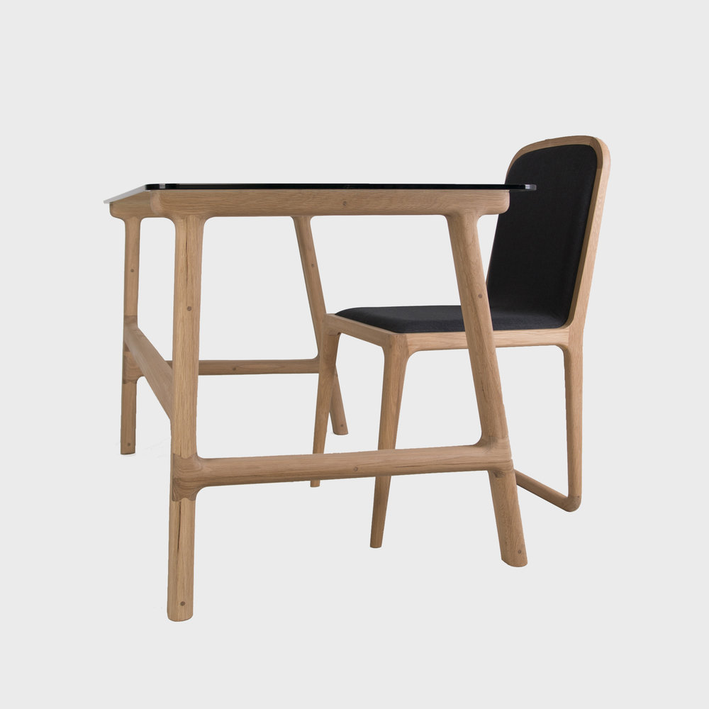 Brandberg Desk & Chair