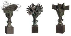 Las Tres Damas de Barajas  sculpture by Manolo Valdes, Adolfo Suarez Barajas Airport, Madrid