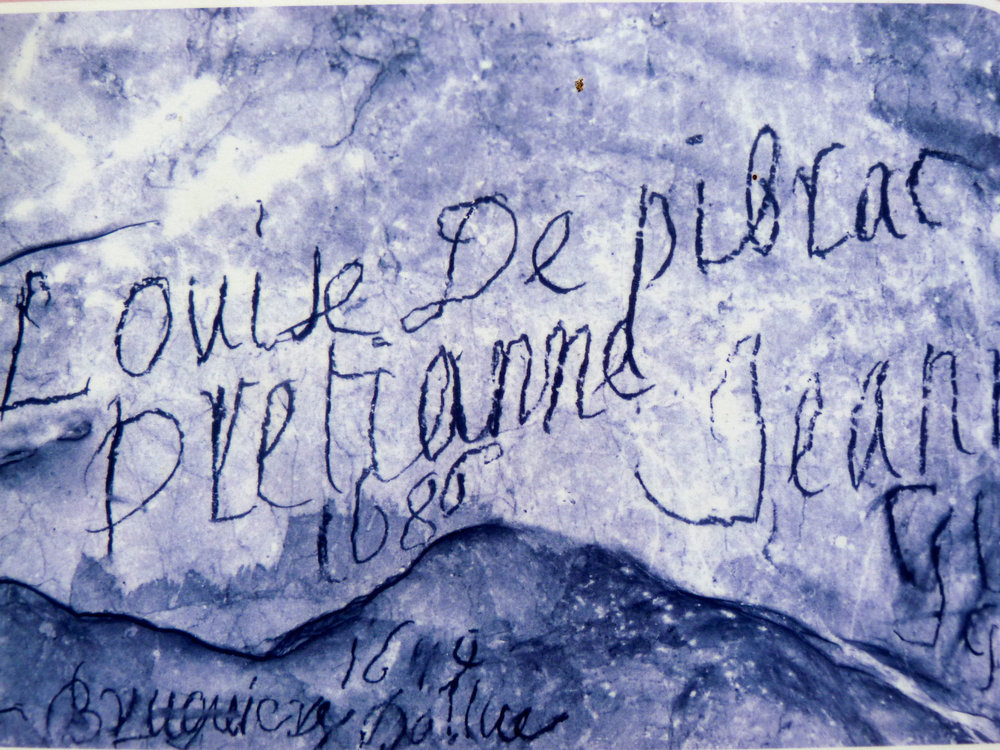 Grotte de Niaux, early visitor's graffiti