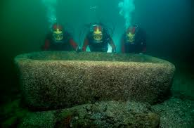 "Pink granite ""garden"" tank, still underwater at Thonis-Heracleion"