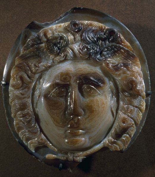 Sardonic cameo, mask of Medusa. Roman (Image courtsy of the Louvre)