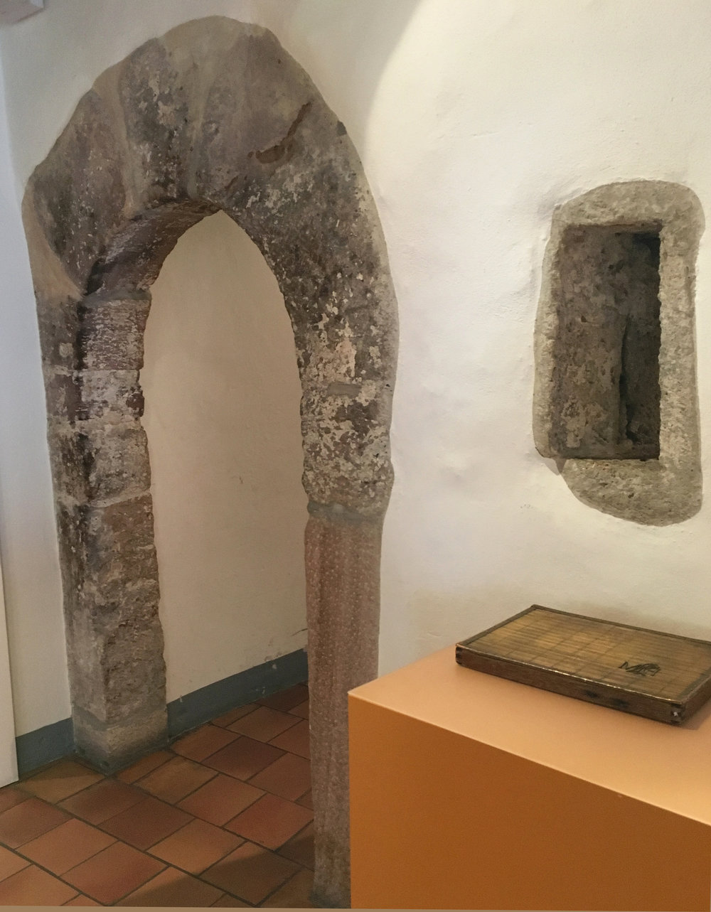 The wonderful old arched doorway leading on towards the rag cellar in the Museum