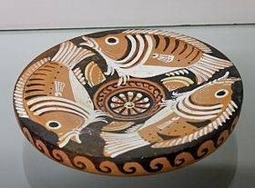 Three sea-perch and three limpets. Apulian red-figured fish-plate, ca. 340–320 BC.