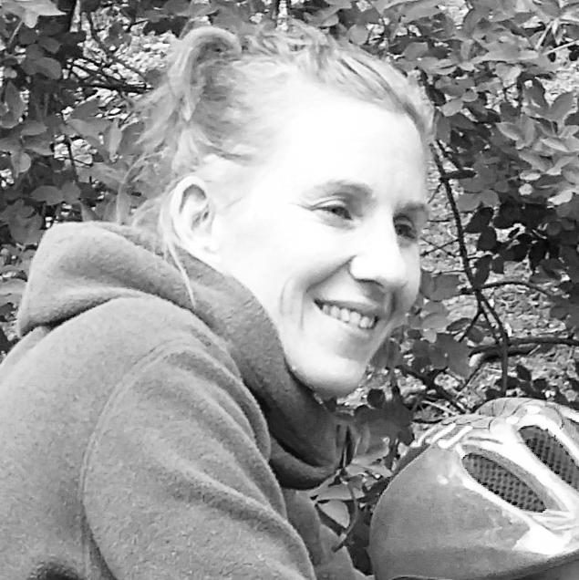 Nathalie Martins - ARCHITECTE-PAYSAGISTEAprès trois années passées dans des agences d'architecture à Montréal, Nathalie Martins a rejoint Paris et l'agence Arpentère où elle travaille principalement sur des projets de jardins et de parcours nature. Pour la rencontrer, faites du vélo !
