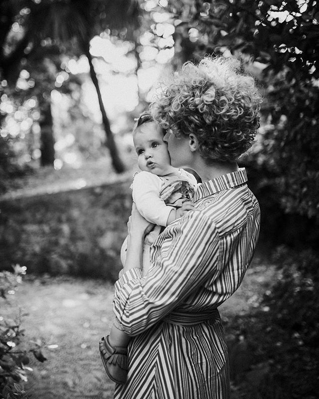 Another one from the Mother's day series! . . . .  #memoriesbydalibora #childhoodunplugged #documentyourdays #pricelessmoments #documentaryfamilyphotography #candidchildhood #unposedfamily #reallifephotography #thesencerestoryteller #rangefinderfamily #family #familyportraits #familylife #familylove #familyphotographer #familyphotographercroatia #familyphotos #familygoals #kidsphotography #childrenportrait #childrenlove #childphotographer #loveauthentic #realmoments #belovedfamilies #momentdesign #croatiafamilyphotographer #croatiaphotographer #obiteljskifotograf #obitelj