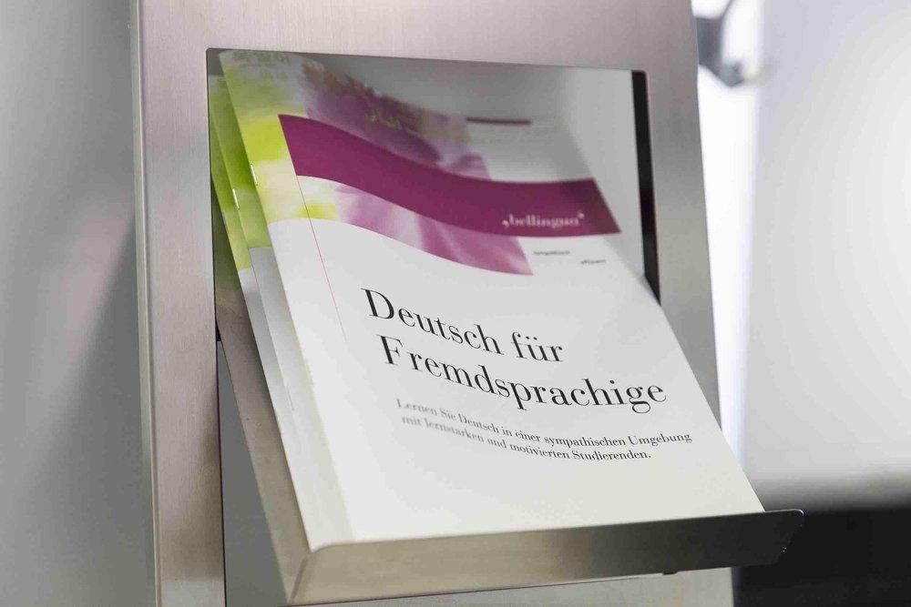 Bellingua Zollstrasse Broschüre klein.jpg