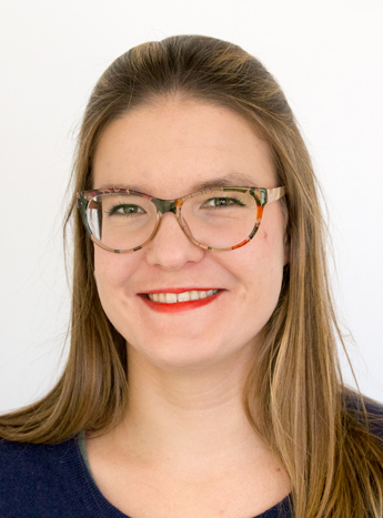"""""""I chose Bellingua to learn German because I had heard lots of positive feedback and comments. Ever since starting an A1 intensive course at the start of April 2017 (I'm now on a B1+ intensive course), I have never regretted my decision. All the teachers I have met here have been very professional, committed and motivated. I find the regular revision modules and weekly tests an ideal way of consolidating my knowledge. I would recommend Bellingua to anyone who is motivated and who wants to learn German thoroughly!""""   Varvara from Russia"""