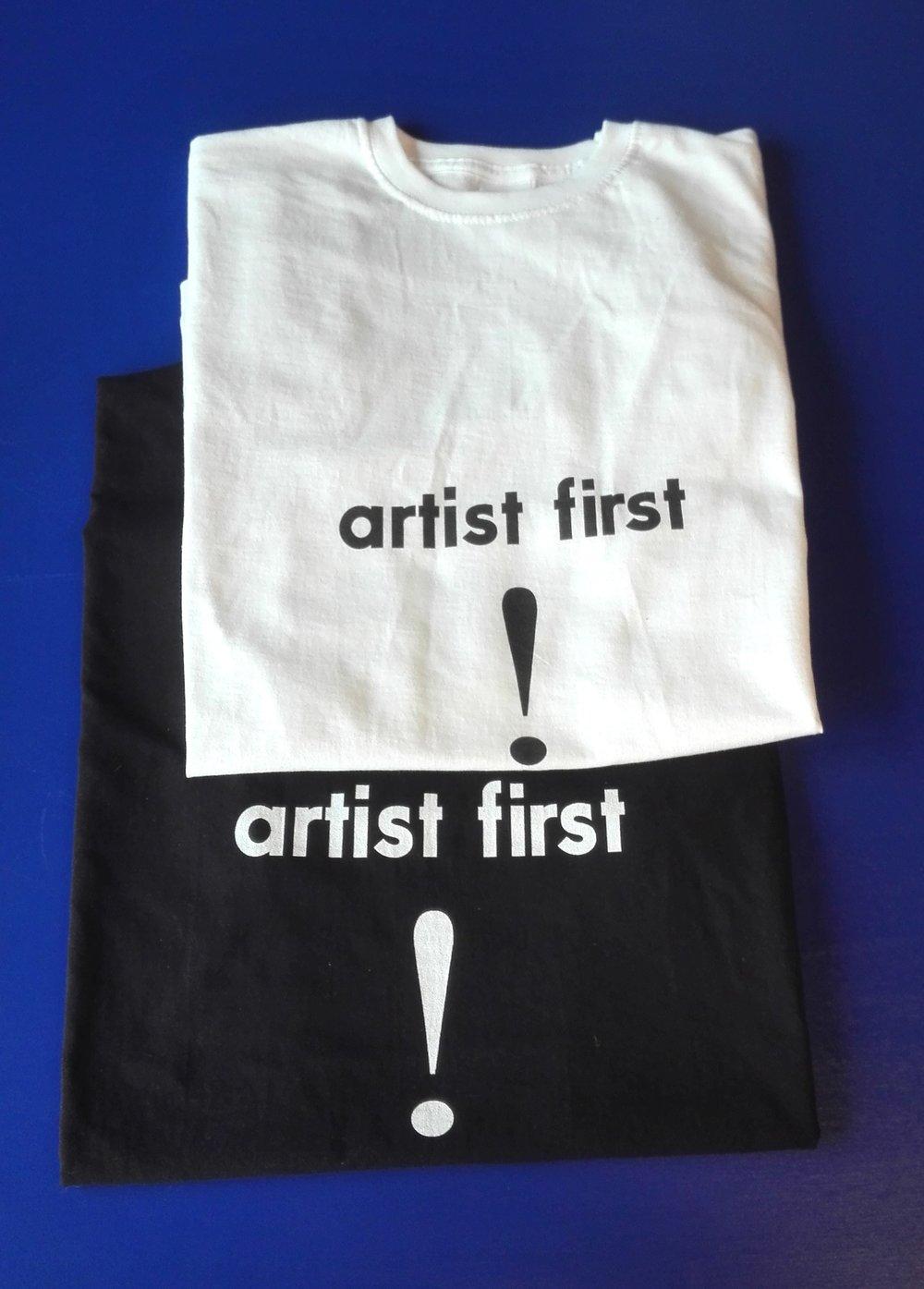 T-shirt € 15,00
