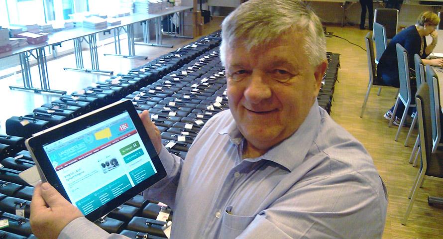 Forbundsleder Sture Arntzen for Handel og Kontor er spent på hva delegatene vil si til det nye systemet.
