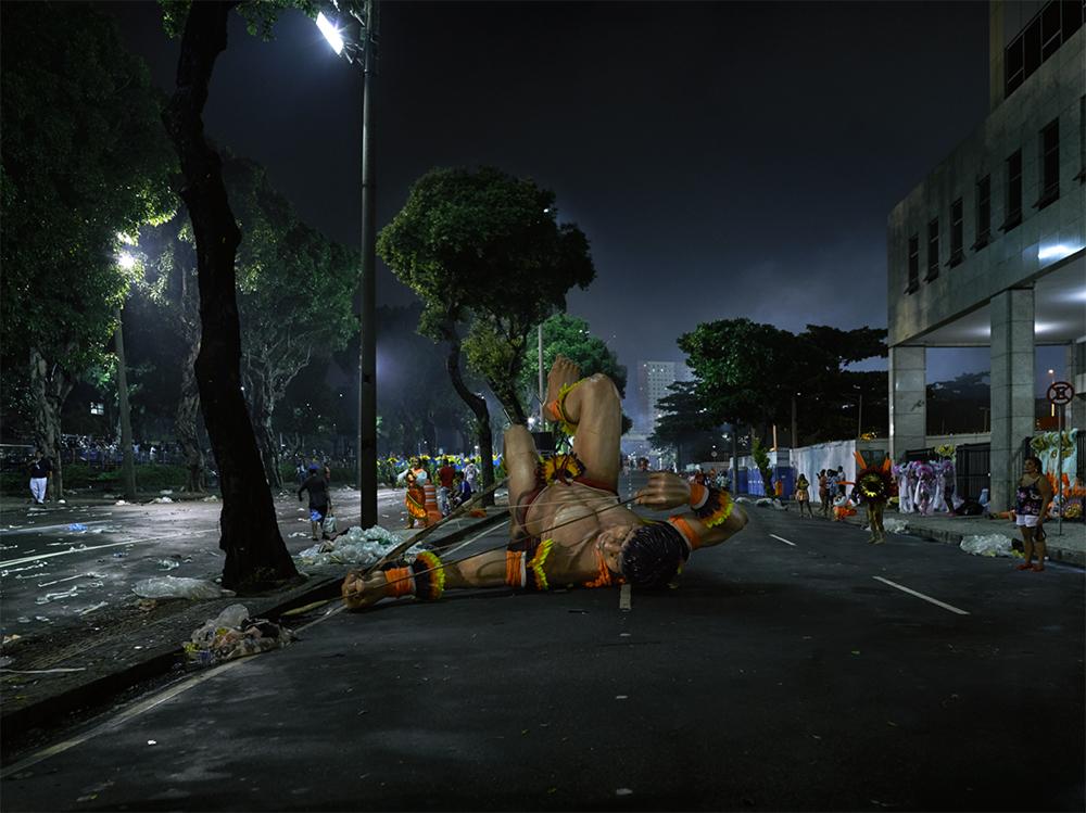 TODAS AS VIDAS, SÃO VIDAS HEROICAS (Toutes les vies sont des vies héroïques) - 2016 photographie numérique 94 x 121,4 cm / éd.5