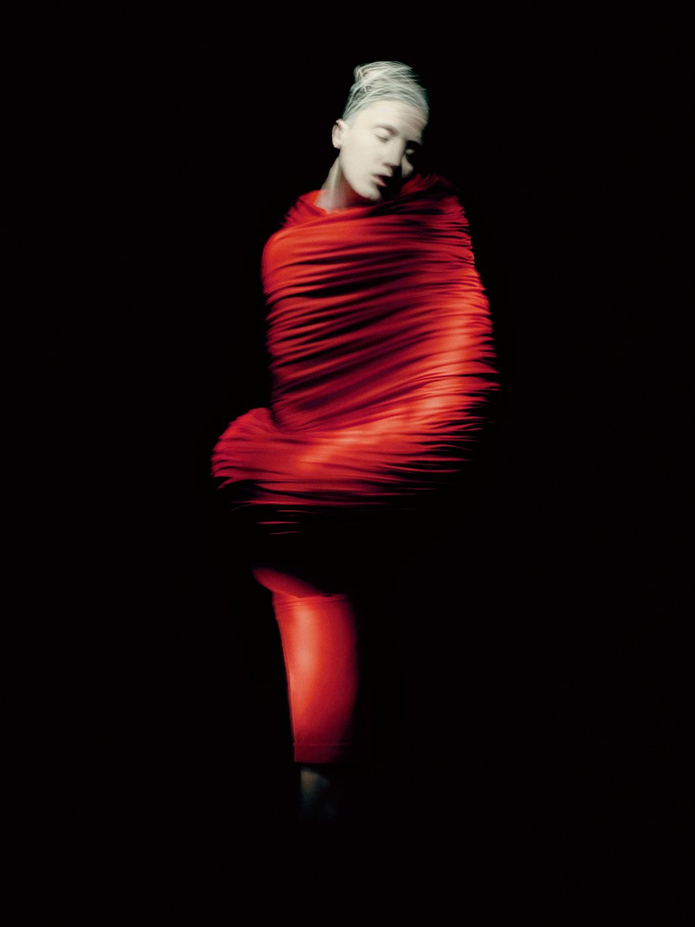 Rei Kawakubo for Comme des Garçons: Body Meets Dress–Dress Meets Body (S/S'97; Courtesy of Comme des Garçons.) Photograph by © Paolo Roversi; Courtesy of The Metropolitan Museum of Art