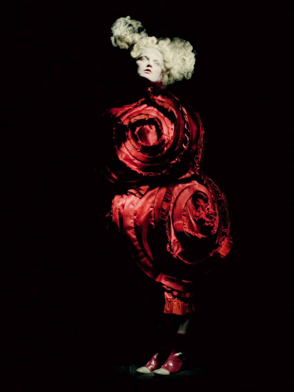 Rei Kawakubo for Comme des Garçons: Blood and Roses (S/S'15; Courtesy of Comme des Garçons). Photograph by © Paolo Roversi; Courtesy of The Metropolitan Museum of Art