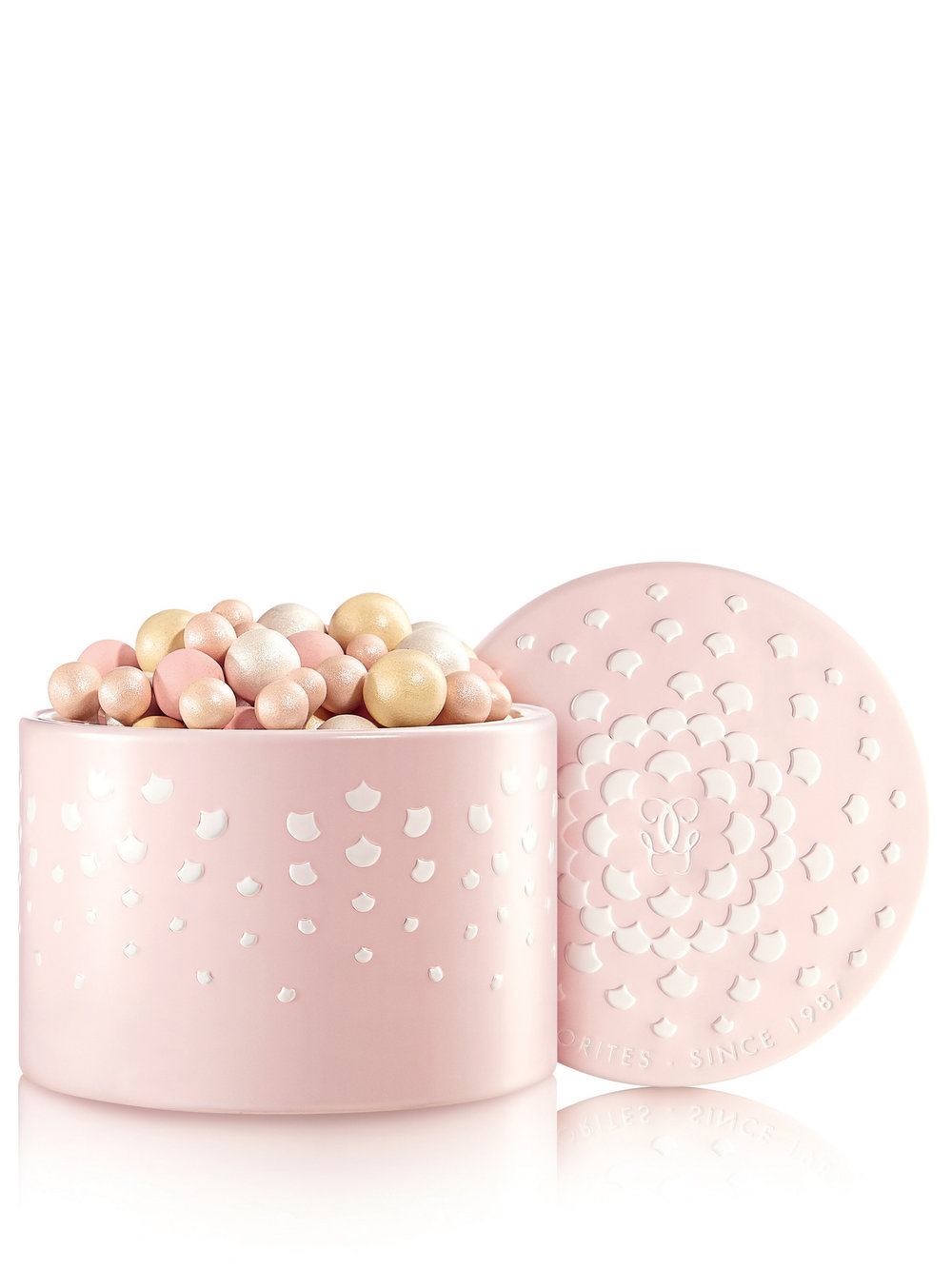 Météorites Birthday Candle Pearl - In occasion of this special anniversary GUERLAIN designed a exclusive powder box inspired by the beauty of pearls and shining like a birthday candle.