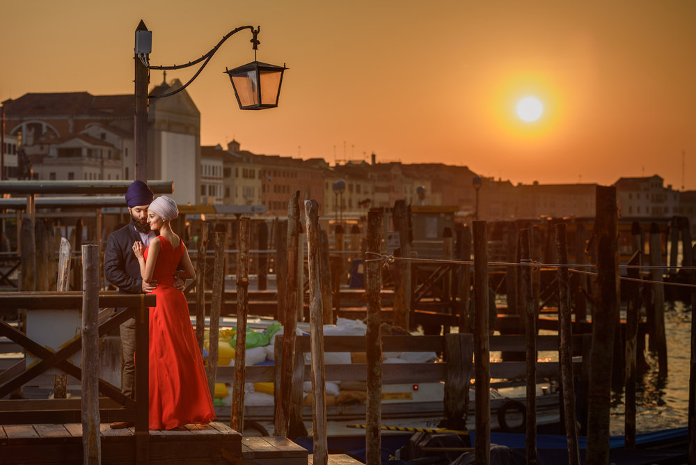Satnam Photography Indian Sikh wedding photography venice italy pre wedding shoot beautiful couple
